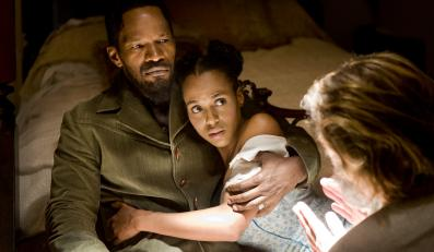"Jamie Foxx i Kerry Washington w filmie ""Django"""
