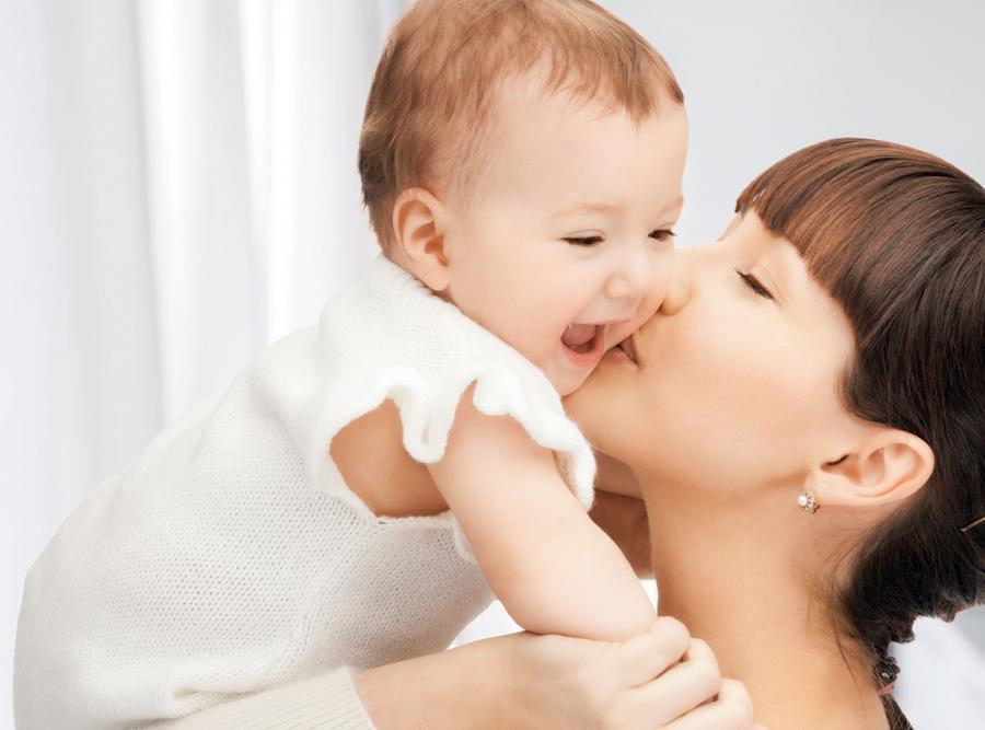 Będzie roczny płatny urlop macierzyński