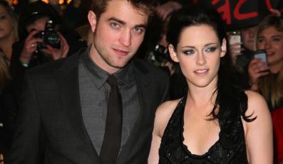 Robert Pattinson znГіw siД™ umawia
