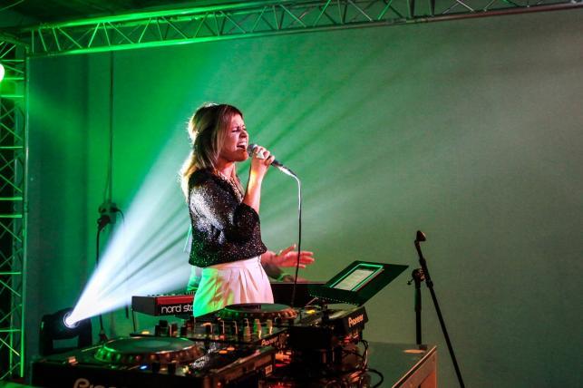 Kasia Dereń na scenie