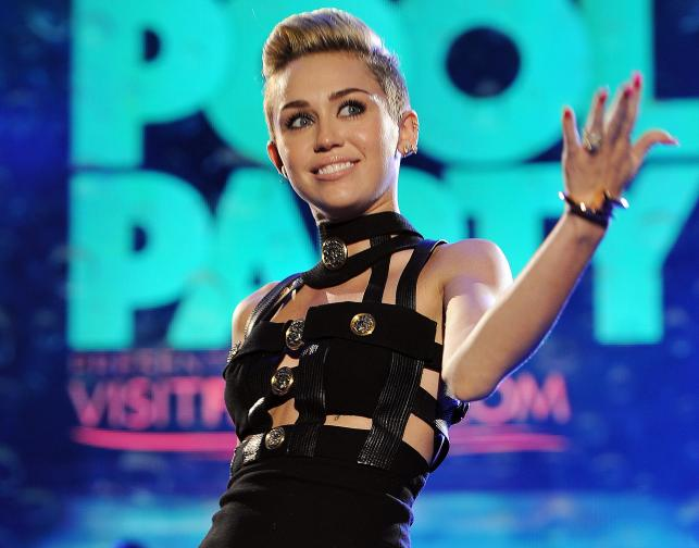 "Miley Cyrus – ""We Can't Stop"""