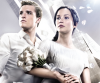 """Josh Hutcherson i Jennifer Lawrence w fimie """"Igrzyska śmierci: W pierścieniu ognia"""""""