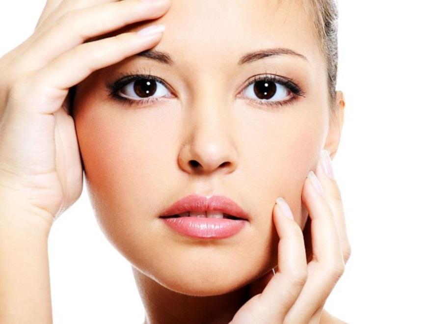 Zadbana twarz kobiety