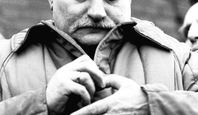 14 sierpnia 1980 r. po wybuchu strajku w Stoczni Gdańskiej stanął na jego czele. Dwa dni później został przewodniczącym Międzyzakładowego Komitetu Strajkowego, który opracował 21 postulatów strajkowych. Wśród nich na pierwszym miejscu znalazło się żądanie prawa do wolnych związków zawodowych