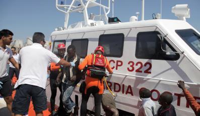 Służby ratownicze na Lampedusie