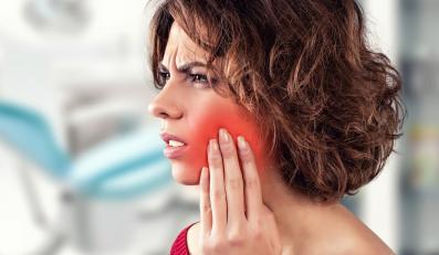 Choroby przyzębia często kończą się utratą zębów