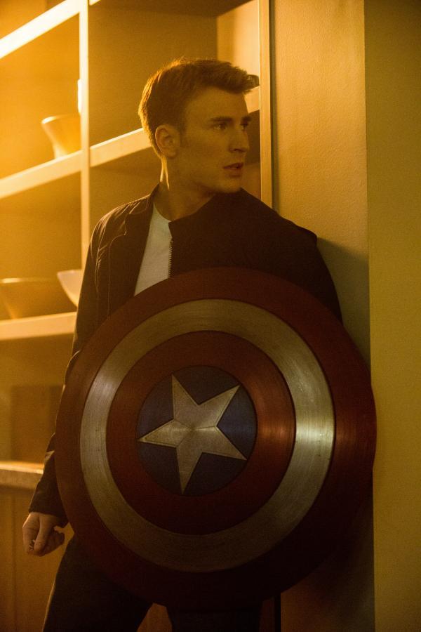 """""""Captain America: Zimowy żołnierz"""" w polskich kinach od 28 marca 2014"""