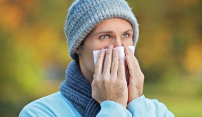 Mężczyzna ma alergię
