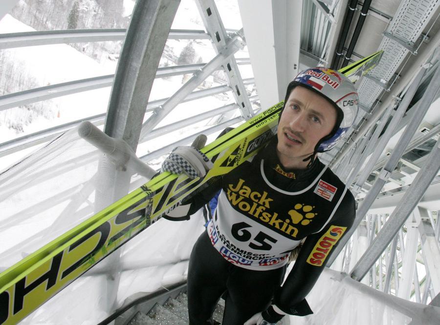 nz  adam malysz skoki narciarskie - turniej 4 skoczni - garmisch - partenkirchen niemcy - 31.12.2007 foto jerzy kleszcz  agencja przeglad sportowy