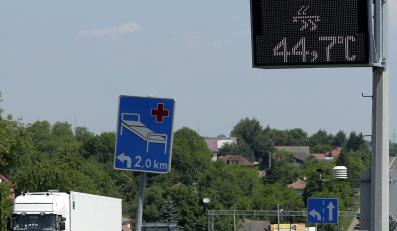 Wyświetlacz temperatury przy drodze