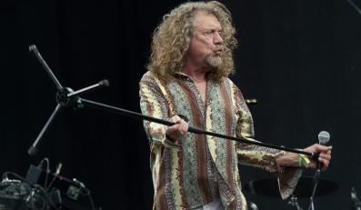 Robert Plant podczas koncertu na Glastonbury Festival 2014