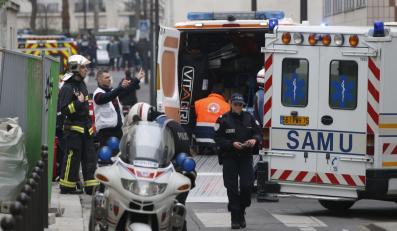 """Policja przed siedzibą tygodnika """"Charlie Hebdo"""""""
