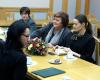 Anna Komorowska rozmawia z żonami górników