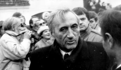 """Tadeusz Mazowiecki nah"". Licencja: CC BY-SA 2.0"