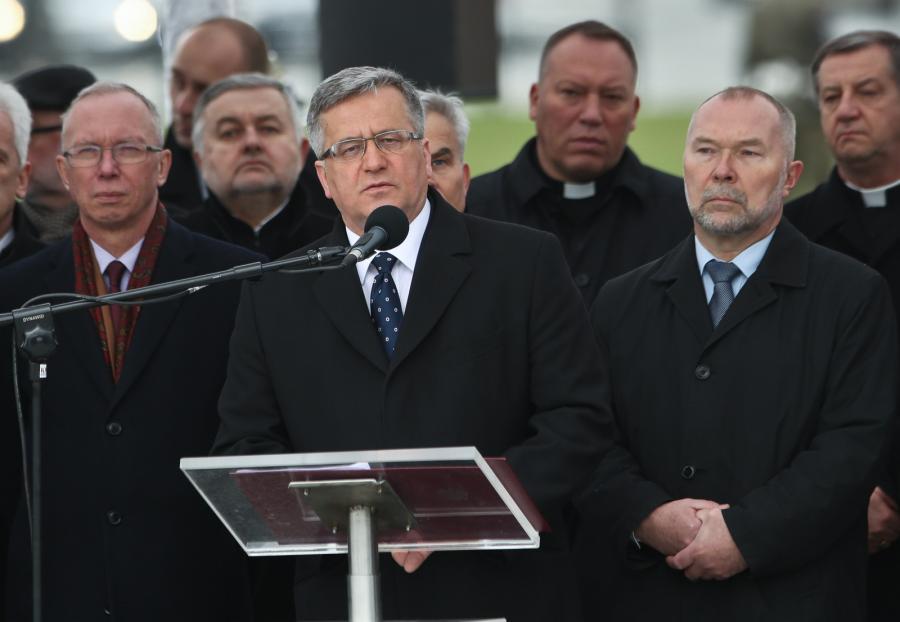 Prezydent RP Bronisław Komorowski podczas uroczystości z okazji 75. rocznicy Zbrodni Katyńskiej