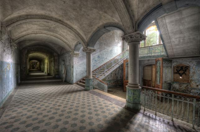 Opuszczony szpital Beelitz-Heilstätten. TUTAJ LECZYŁ SIĘ ADOLF HITLER