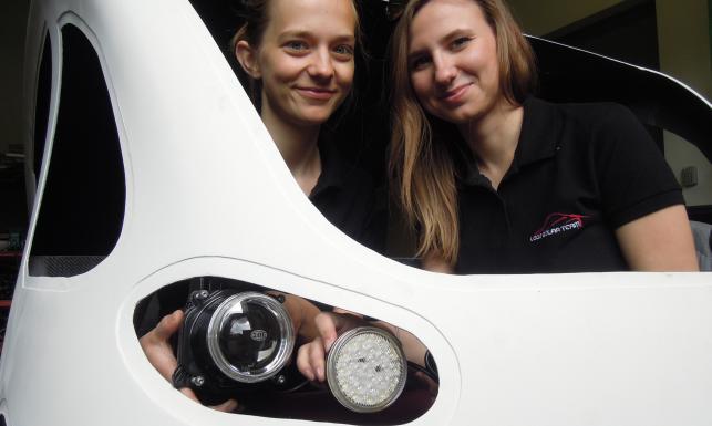 Polacy zbudowali nowatorski samochód na paliwo z... kosmosu! Zobacz ZDJĘCIA