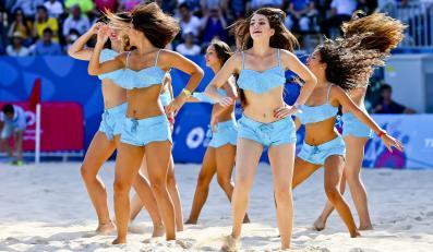 Cheerleaderki bawią kibiców podczas Igrzysk Europejskich w Baku