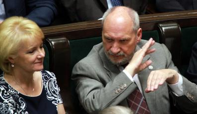 Jolanta Szczypińska i Antoni Macierewicz