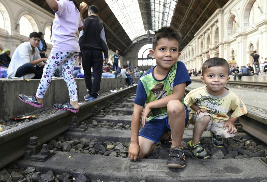 Imigranci na dworcu w Budapeszcie, Węgry