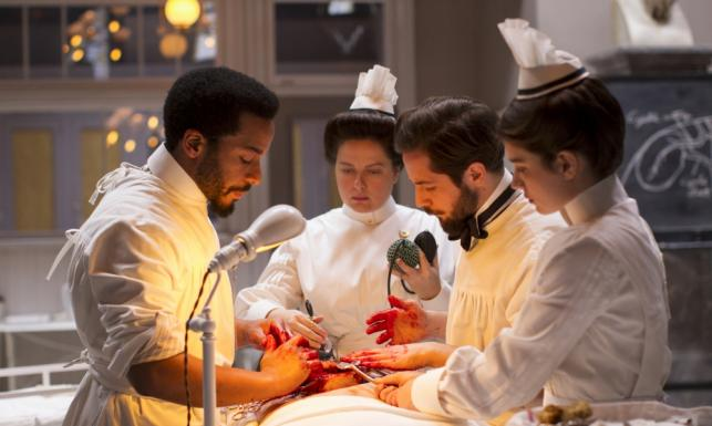 Clive Owen powraca jako pionier chirurgii w 2. sezonie \