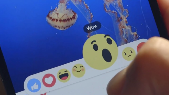 Emotikony Facebooka
