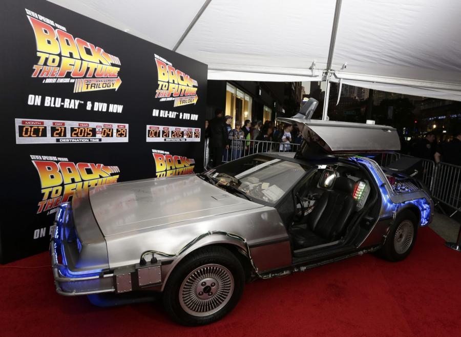Samochód z przyszłości, czyli słynny DeLorean DMC-12