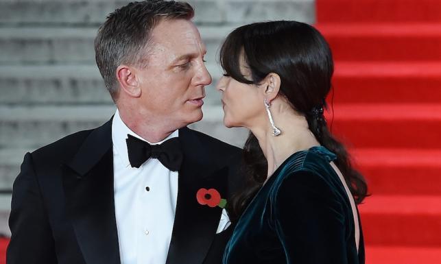 Książęca para, całuśny Bond i jego dziewczyny na światowej premierze \