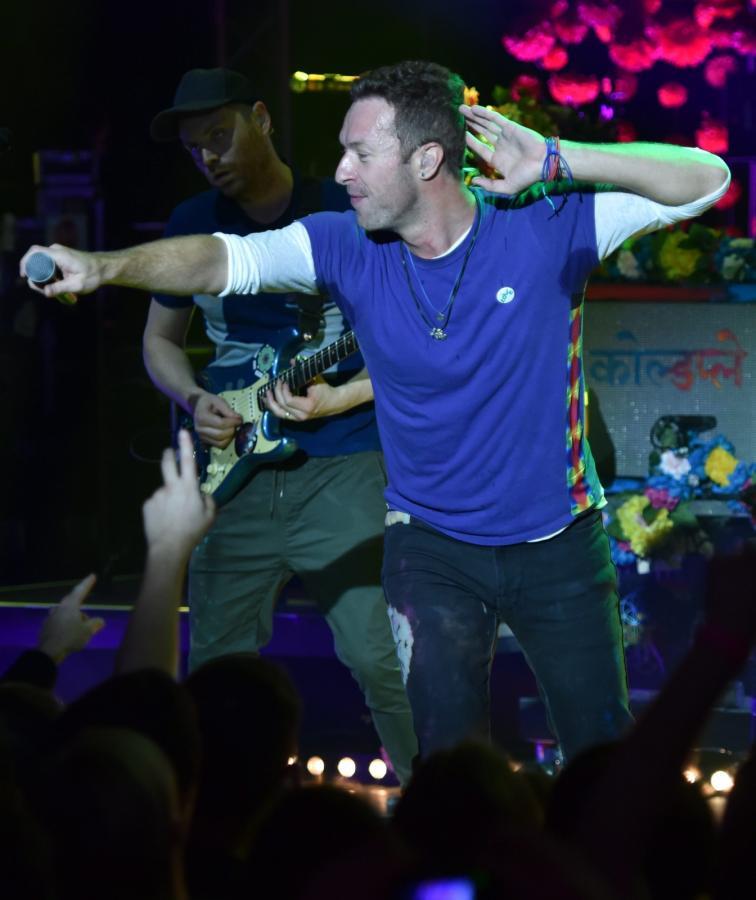 "Coldplay ruszył w trasę z albumem ""A Head Full of Dreams"""