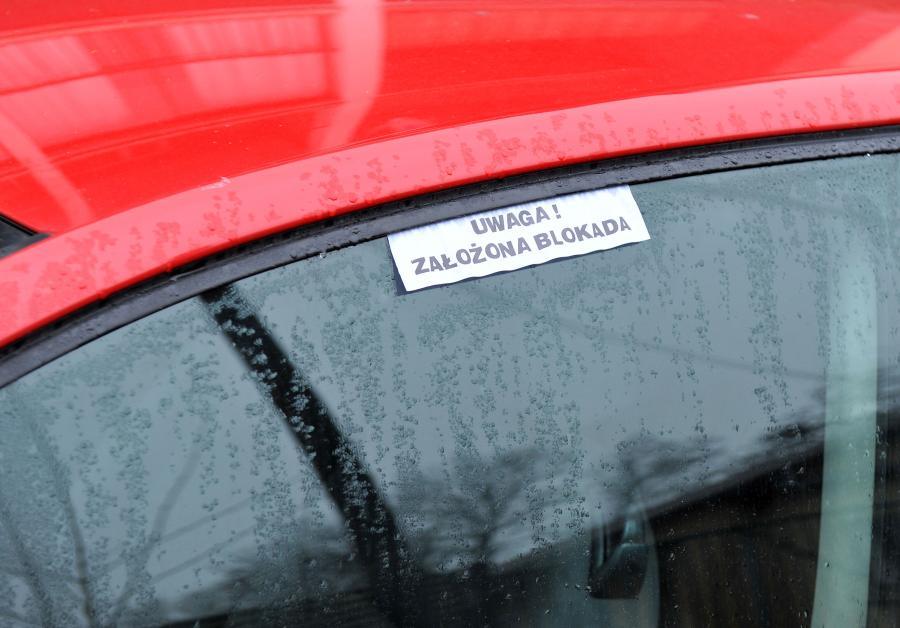 Źle zaparkowany samochód prezydenta Andrzeja Dudy