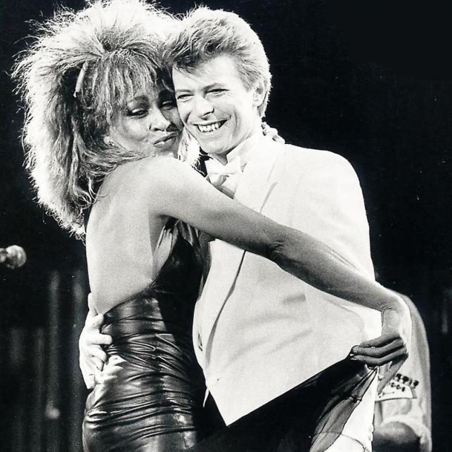 Gwiazdy żegnają Davida Bowiego