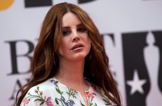 Lana Del Rey na gali Brit Awards 2016