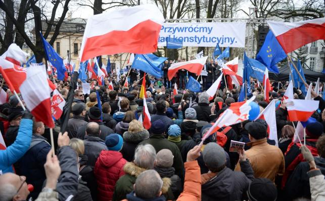Manifestacja w obronie ładu konstytucyjnego