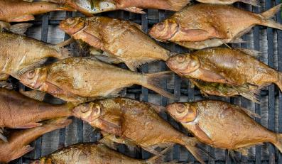 Tak producenci oszukują na rybach