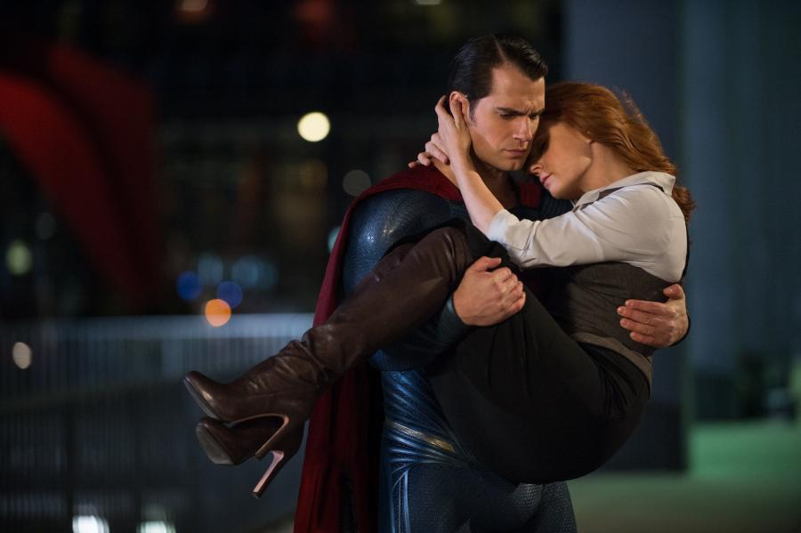"Henry Cavill i Amy Adams w filmie ""Batman v Superman"""