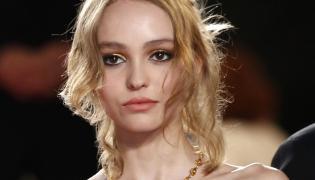 "Lily-Rose Depp na premierze filmu ""La danseuse"" w Cannes"
