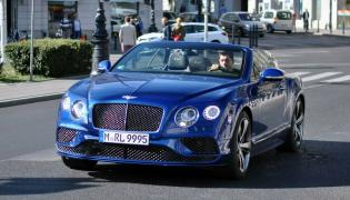 Robert Lewandowski i bentley continental GT speed convertible