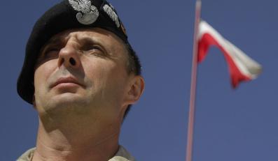 """Według """"Rzeczpospolitej"""", gen. Marek Tomaszycki próbował tuszować sprawę ostrzału osady Nangar Khel"""