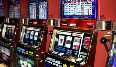 Unia sprawdzi ustawę hazardową