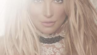 """Glory"" Britney Spears"