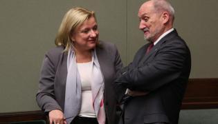 Beata Kempa i Antoni Macierewicz w Sejmie