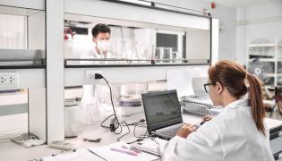 Badania w laboratorium