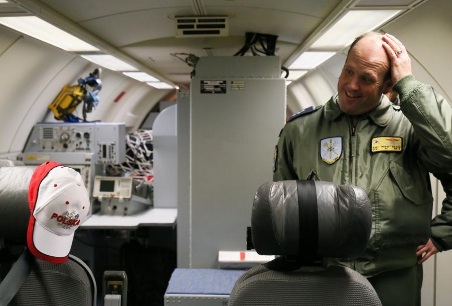 """Kpt. Ralf """"Bimsi"""" Gross podczas prezentacji samolotu AWACS"""