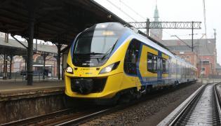 Pociąg Impuls w trójmiejskiej Szybkiej Kolei Miejskiej